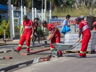 Prefeitura Padroniza Calçadas em Itaipuaçu