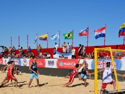 Brasil estreia com vitória no Campeonato de Beach Handball